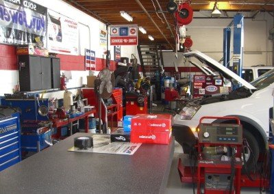 one-day-service-for-car-repair-open-on-Sunday-car-repair-shops-Akron-Ohio-