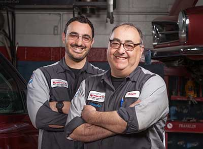 Roggies Auto Technicians