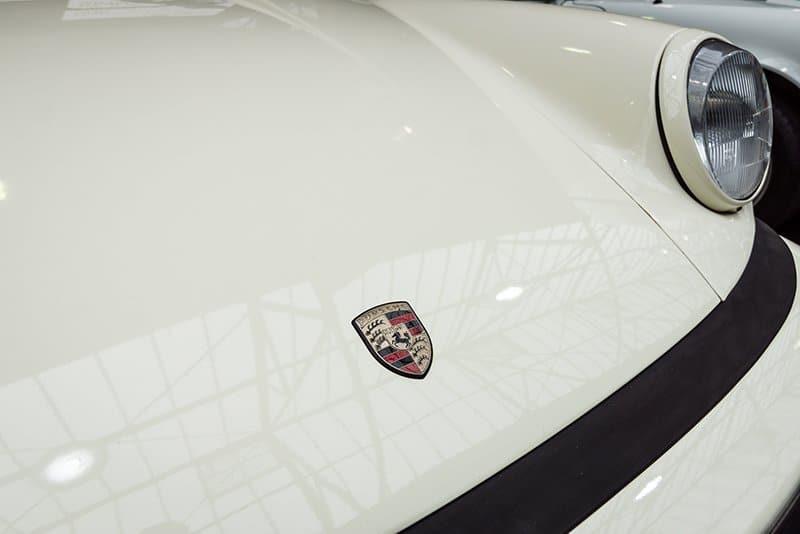 Porsche 911 Hood